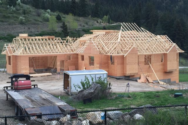 Residential Building with Custom Trusses