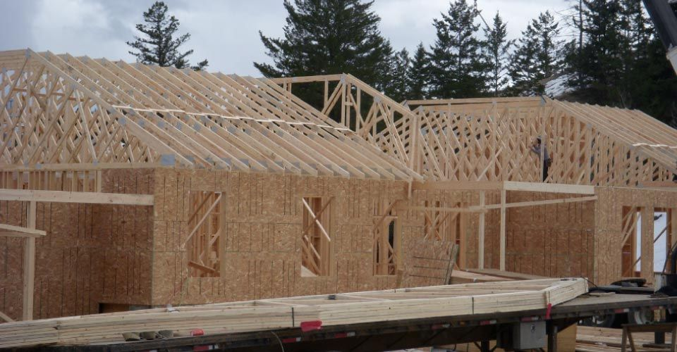 New Commerical Building with Trusses